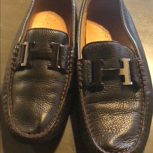 Hermès loafer. Size 9. Needs repair.
